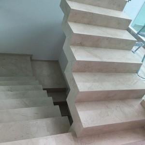 Escada de mármore travertino preço